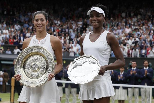 Garbine Muguruzová-Blancová (vľavo) a Venus Williamsová.