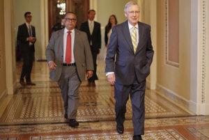 Líder republikánskej väčšiny v Senáte Mitch McConell.