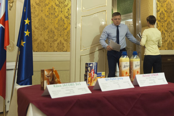 Premiér Robert Fico nakupoval v Rakúsku.