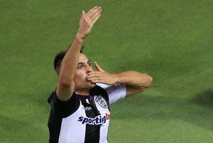 Róbert Mak si opäť bude obliekať dres PAOK-u Solún.