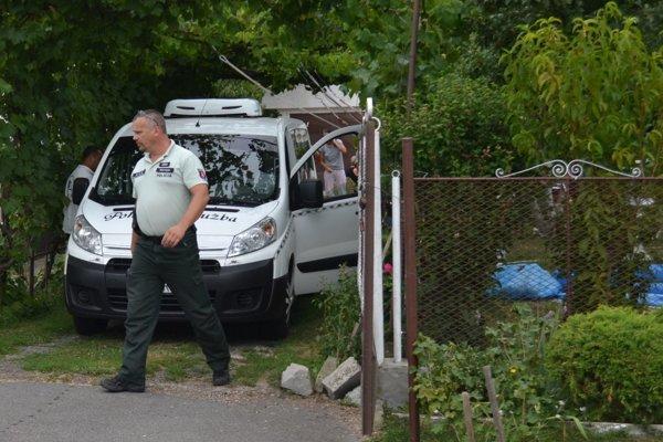 Polícia začala trestné stíhanie pre prečin usmrtenia.