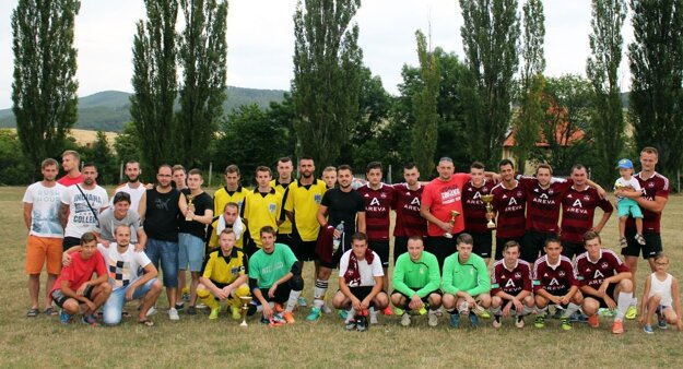 Účastníci turnaja v Skýcove.