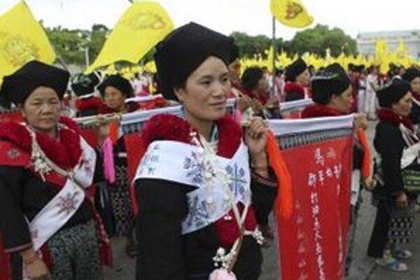 Na oslavách výročia korunovácie.