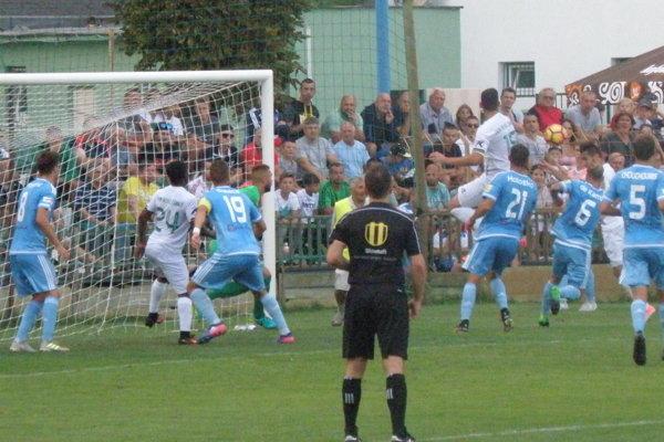 Ani po tejto dramatickej situácii gól do brány Slovana nepadol.