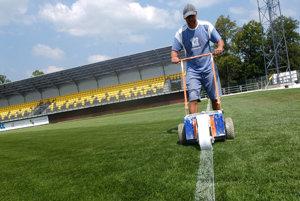 Prípravy na zápas FK Pohronie so Spišskou Novou Vsou.