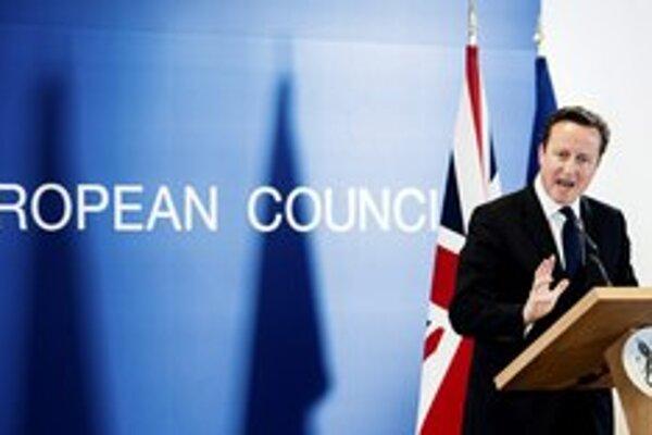 Britský premiér David Cameron chce uspokojiť euroskeptických Britov. Bez spolupráce s Úniou to ľahké nebude.