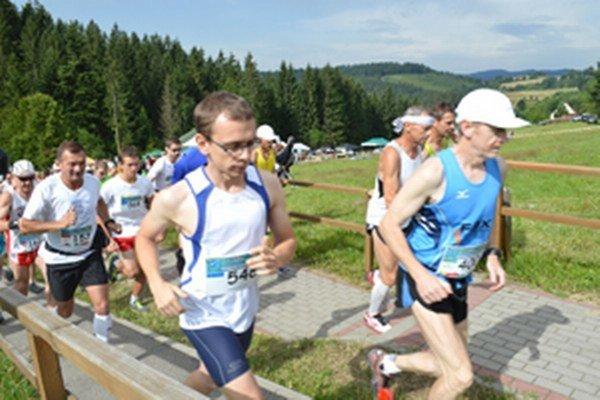 Štart Goralského maratónu.