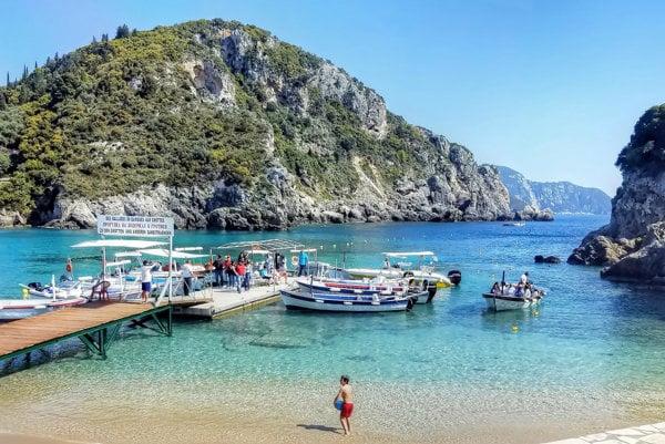 Ostrov Korfu.