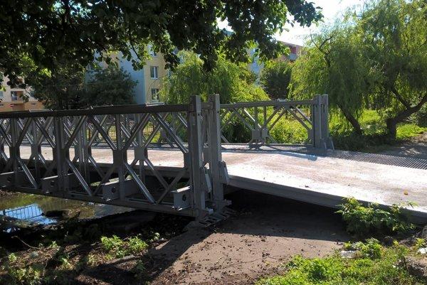 Opravený most v Šuranoch.