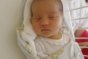 Po dcérke Miške sa 7. augusta narodil Miroslave Dzurjaníkovej a Petrovi Suchému z Považskej Bystrice syn Peter (3630 g a 51 cm).