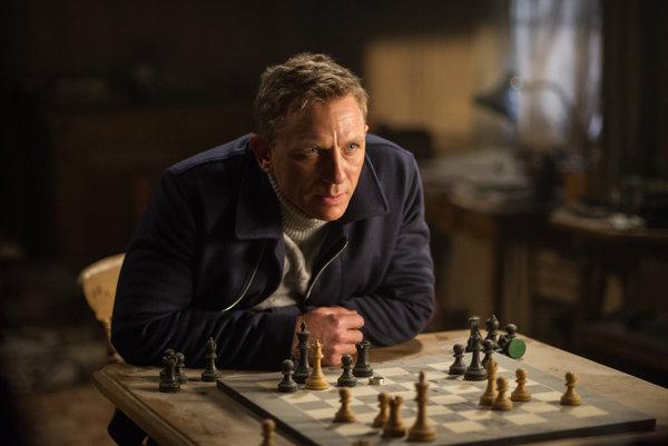 Daniel Craig vo filme Spectre, zatiaľ poslednej bondovke.