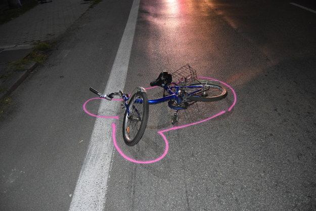 Cyklista vyviazol z ľahkými zraneniami.