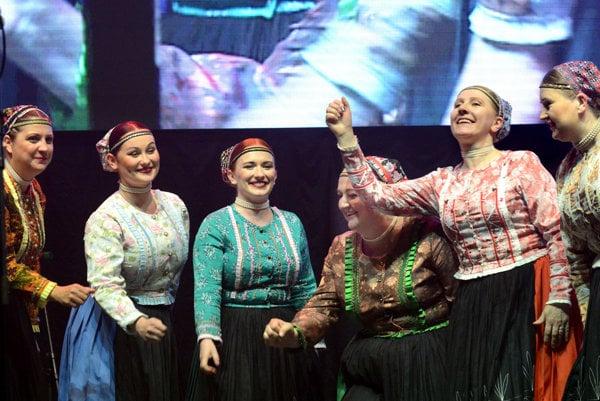 Ženská spevácka skupina Železiaru.