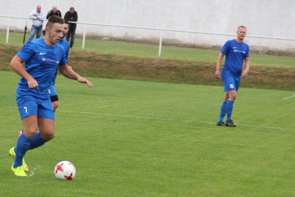 Tvrdošínski futbalisti mali po štyroch zápasoch na konte len tri body. Aj preto s nimi cestoval do Makova nový tréner.