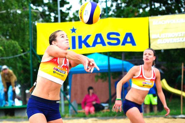 Magdaléna Kováčiková (vľavo) a Janka Šimanicová.