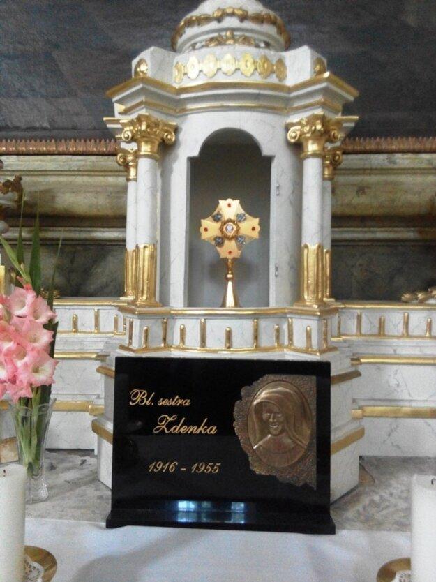 Relikvia sestre Zdenky Schelingovej v Rímskokatolíckom kostole v Rimavskej Sobote.