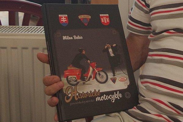 Nová kniha, ktorú vydal Milan Belás. Nájdete v nej nielen fotografie známych motocyklov, ktoré sa u nás vyrábali, ale aj mnohých osobností.