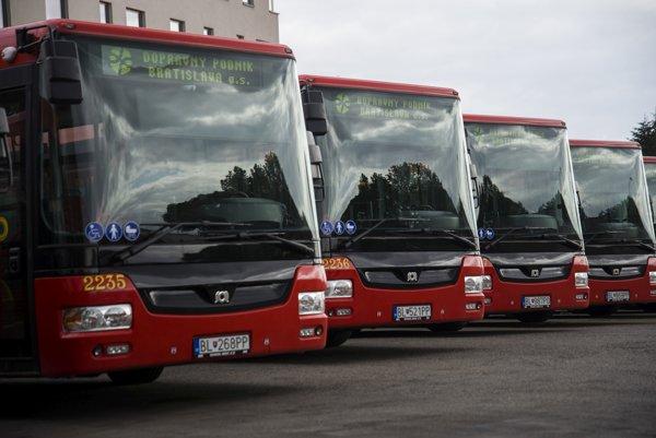 Nové autobusy v Bratislave.