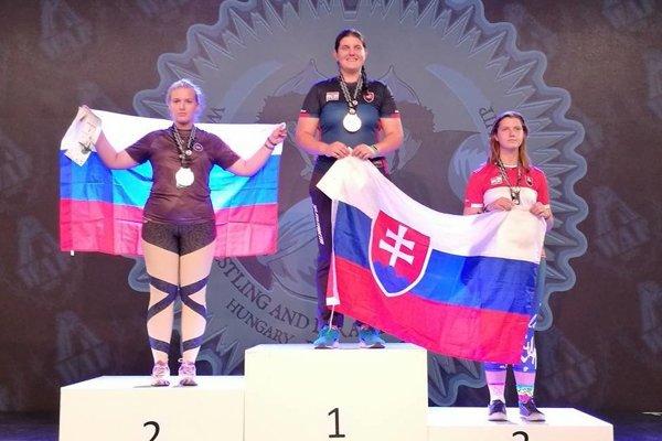Barbora Bajčiová (v strede) sa vypracovala na hviezdu svetového formátu.