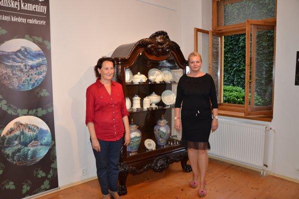 S. Holečková (vpravo) spolu sM. Ďurianovou zMúzea vo Sv. Antone.