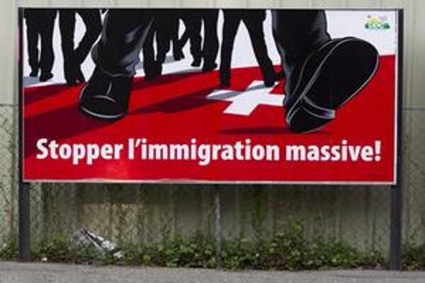 """Do """"masovej imigrácie"""" rátajú Švajčiari aj občanov krajín Európskej únie."""