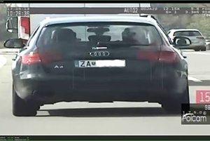 Automobil Audi A4, ktoré riadil opitý vodič