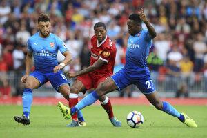 Danny Welbeck (v strede) vynechá pre zranenie najbližšie zápasy Arsenalu.