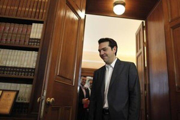 Šéf radikálnej ľavice Alexis Tsipras dostal od prezidenta v utorok poverenie na zostavenie vlády. Nečaká sa, že by uspel.