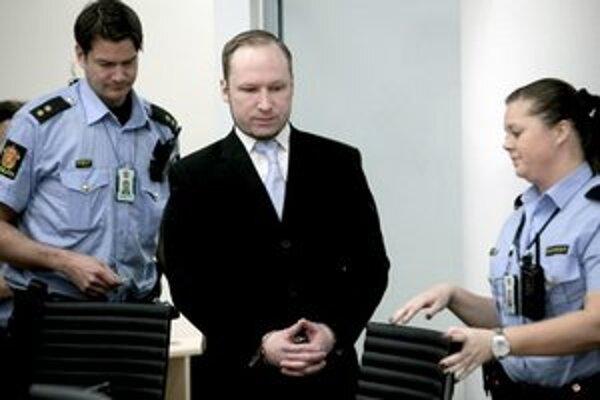 Anders Behring Breivik počas procesu.