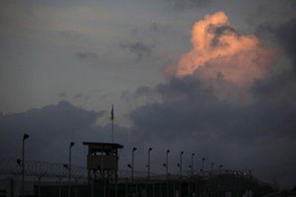 Mužov obžalujú na Guantáname.