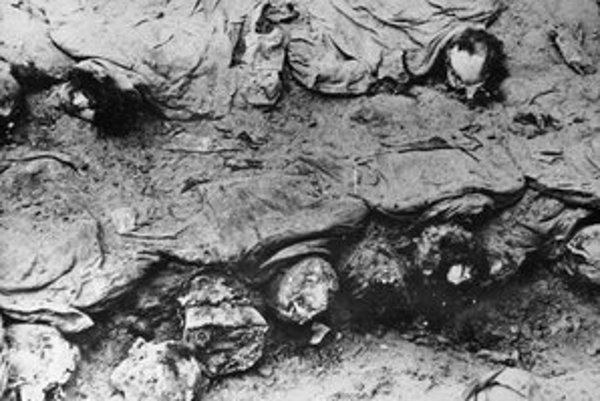 Rusi zastrelili na jar 1940 vyše 22-tisíc Poliakov.