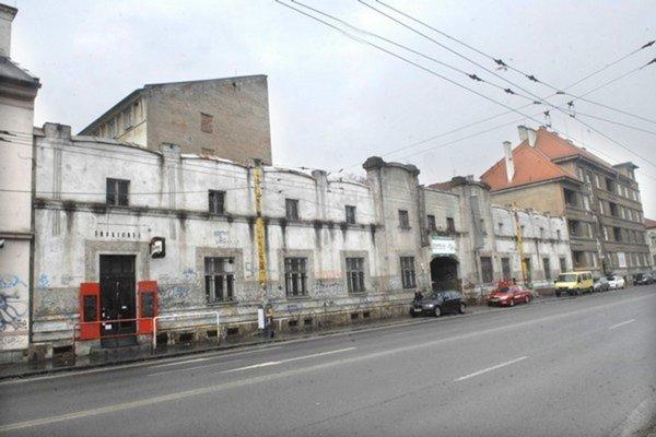 Bývalá tabaková fabrika sa zmení na kultúrne centrum.