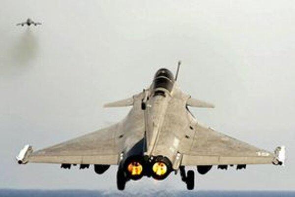 Francúzsky stroj Rafale odlieta do Indie.
