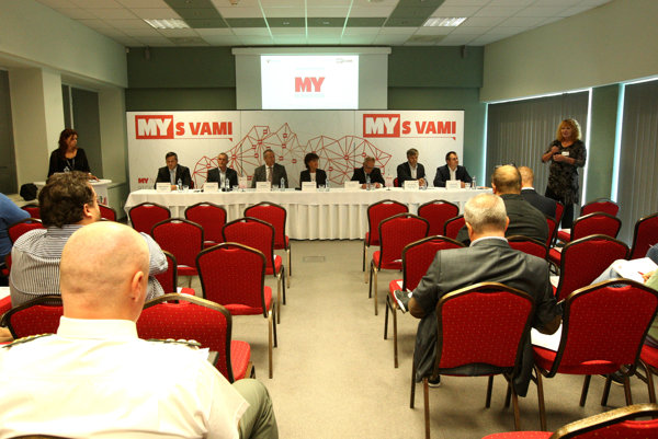 Diskusia MY s VAMI na tému Budúcnosť dopravy v Banskobystrickom kraji.