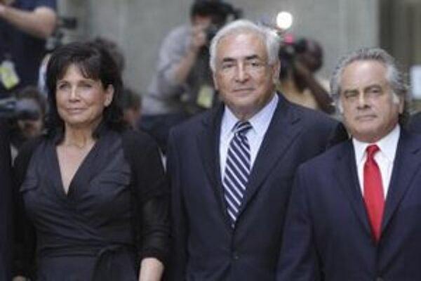 Bývalý šéf Medzinárodného menového fondu Dominique Strauss-Kahn s manželkou Anne Sinclairovou.