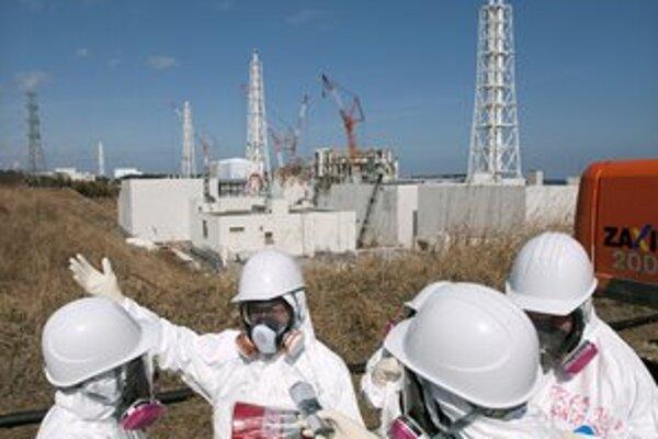 Okolie japonskej elektrárne Fukušima je aj takmer rok po katastrofe stále zamorené.