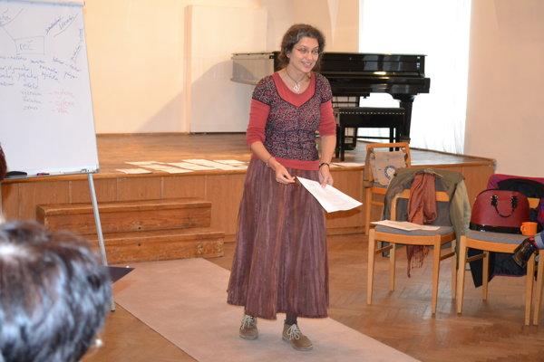 Soňa Pariláková. S účasníčkami seminára sa podelila o svoje skúsenosti a vedomosti.