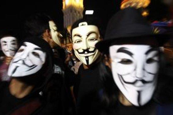 Maska Guya Fawkesa sa stala bestsellerom.