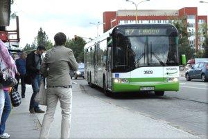 Jeden z vyradených autobusov. Solaris Urbino 15.