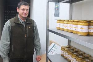 Karol Mutňanský hovorí o uplynulej včelárskej sezóne v mestských lesoch.