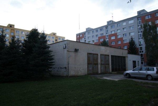 Aj v kotolni na ulici P. J. Šafárika možno budú parkovať autá.