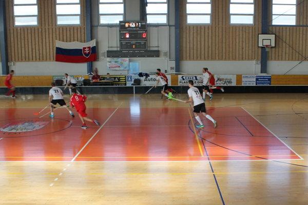 Z derby zápasu mužov FPS - FBK.