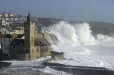 Pred 30 rokmi spustošila Britániu veľká búrka, teraz je to Ophelia
