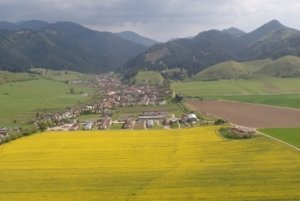 Letecký pohľad na Ludrovú. FOTO: OBEC LUDROVÁ