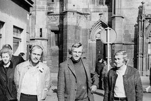 """Tri slávne """"P"""" z Košíc. Duklou B. Bystrica prešli aj (zľava) Jaroslav Pollák, Jozef Plachý a Ján Pivarník. Snímka vznikla v roku 1971."""