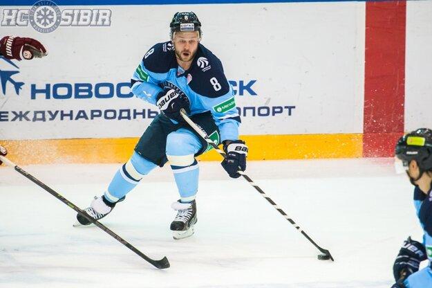 Dmitrij Moňa ešte v drese Sibiru Novosibirsk