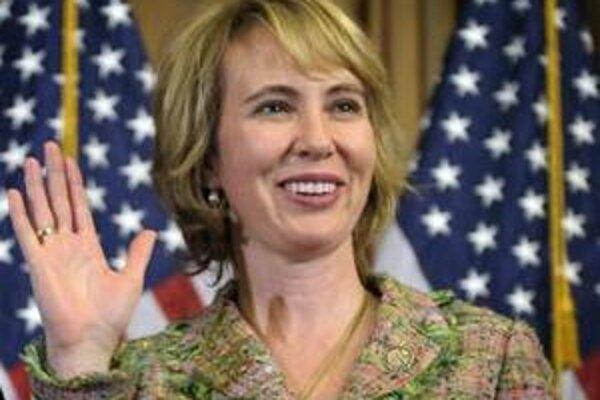 Na archívnej snímke republikánka Gabrielle Giffordsová 5. januára 2011 vo Washingtone.