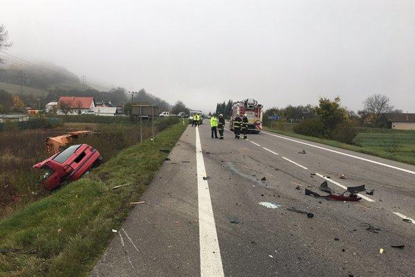 Stredajšia ranná nehoda v okrese Bytča.
