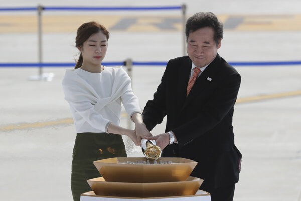 Olympijská pochodeň dorazila do Kórejskej republiky.