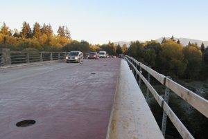 Župa pokračuje v modernizácii ciest i mostov II. a III. triedy vo všetkých regiónoch.